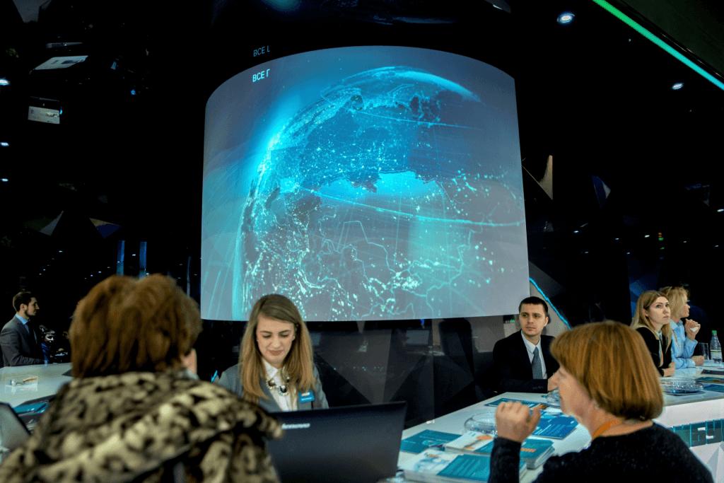 Видео для выставки Интерпластика для СИБУР Холдинг